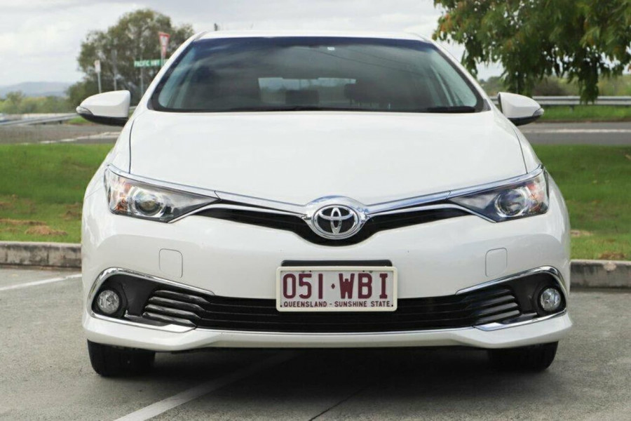2015 Toyota Corolla ZRE182R Ascent Sport Hatchback Image 7