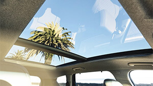 Santa Fe Panoramic glass sunroof.