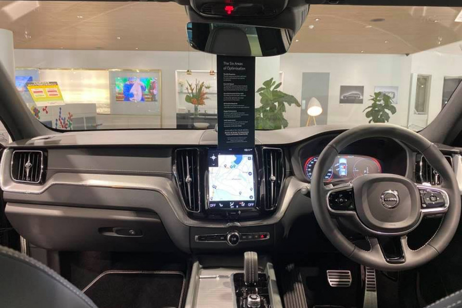 2020 Volvo XC60 T8 Polestar 2.0L T/P 235kW 8AT Suv Mobile Image 8