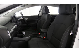 2021 MY1  Kia Cerato BD S with Safety Pack Hatchback Image 2