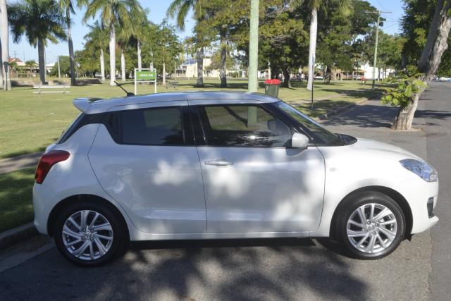 2020 Suzuki Swift AZ II Hatchback Image 4