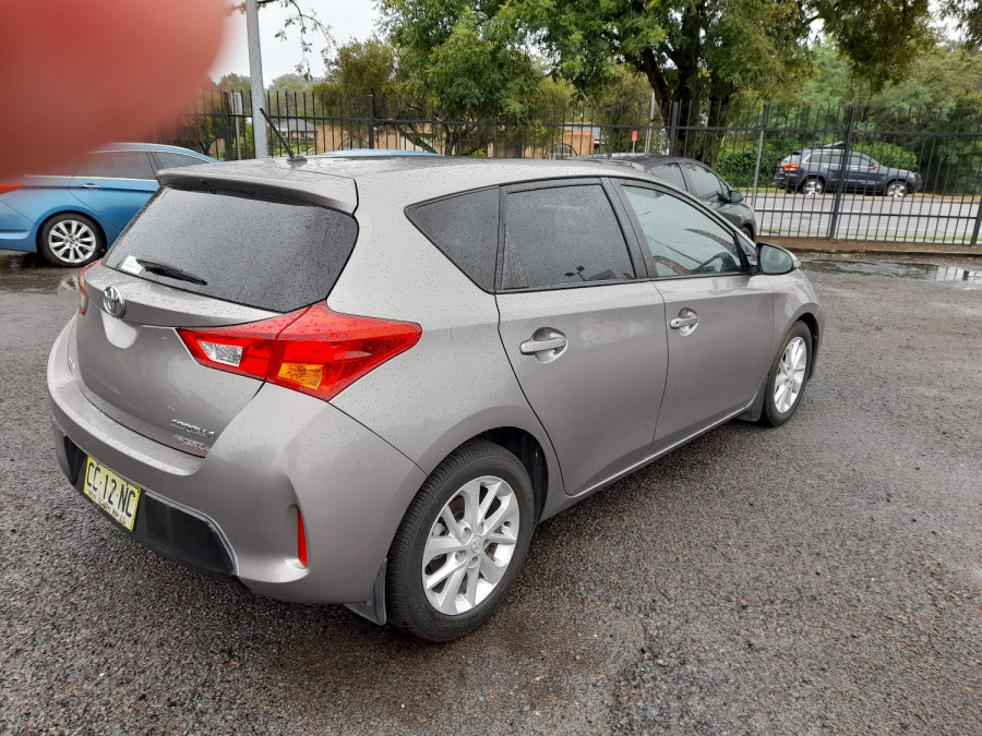 2015 Toyota Corolla ZRE182R Ascent Sport Hatch Image 7