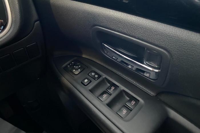 2018 MY19 Mitsubishi Outlander ZL MY19 ES Suv Image 23