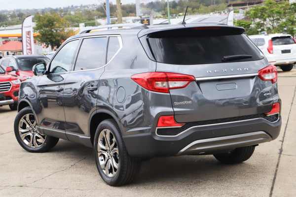 2021 SsangYong Rexton Y450 Ultimate Suv Image 2