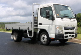 Fuso Canter 515 CITY CAB Tradesman Tray FREE SERVICING AND SAFETY PACK + INSTANT ASSET WRITE OFF 515 AUTO 515 TRAY