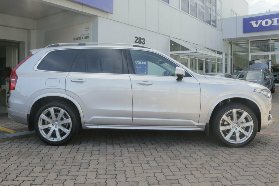 2018 MY19 Volvo XC90 L Series D5 Momentum (AWD) Suv Mobile Image 15