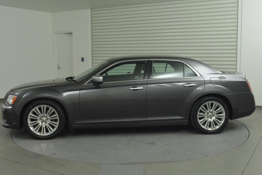 2012 MY13 Chrysler 300 LX C Sedan Mobile Image 5