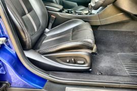 2015 MY16 Holden Commodore VF II MY16 SS V Sedan Image 5