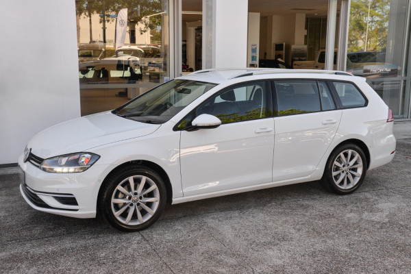 2020 Volkswagen Golf 7.5  110TSI Comfrtline Wagon Image 5