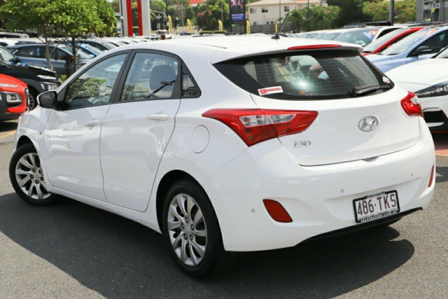 2013 Hyundai i30 GD2 Active Hatchback Image 3