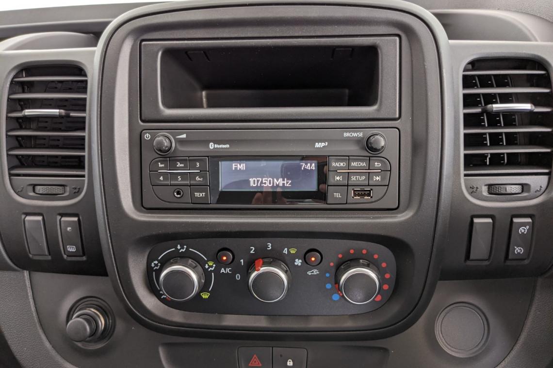 2021 Renault Trafic L1H1 SWB Pro Van Image 8