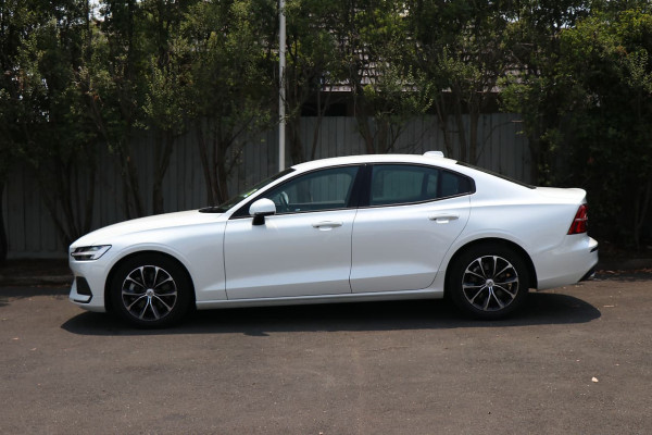 2019 Volvo S60 (No Series) MY20 T5 Momentum Sedan Image 2