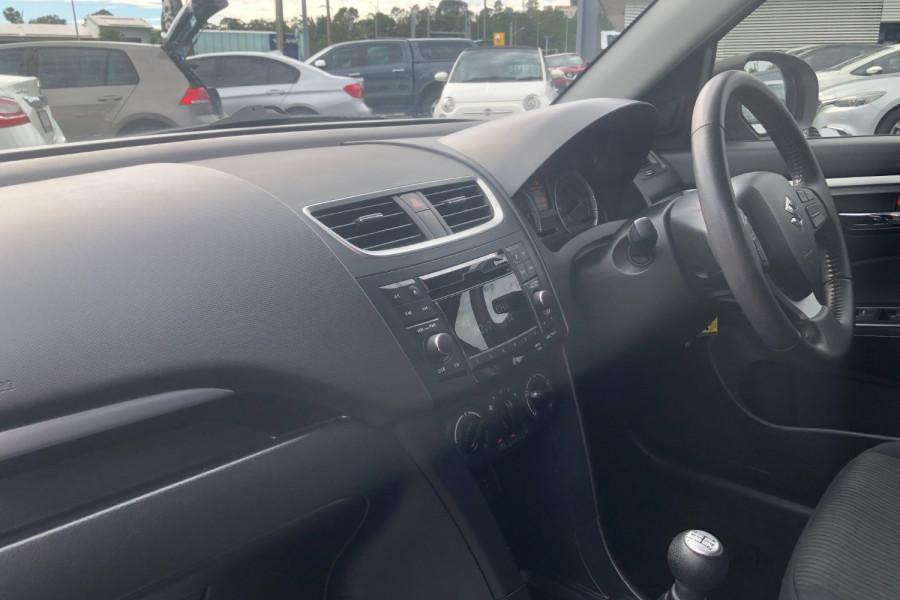 2013 Suzuki Swift FZ GL Hatchback Image 12