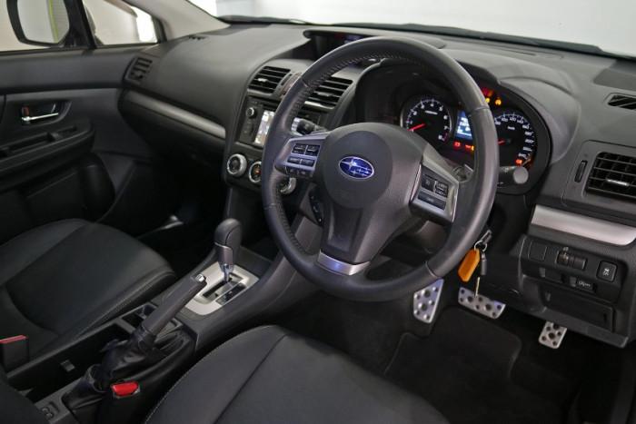 2014 Subaru XV G4-X 2.0i-S Suv Image 15