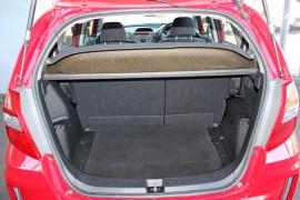 2012 Honda Honda GE  Vibe-S Hatchback Mobile Image 9