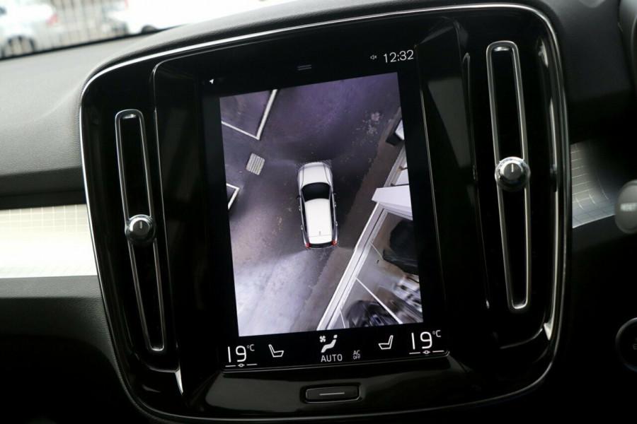 2019 Volvo XC40 Suv Image 13