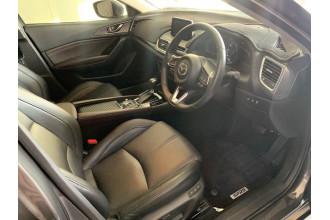 2017 Mazda 3 BN5238 Sedan Image 3