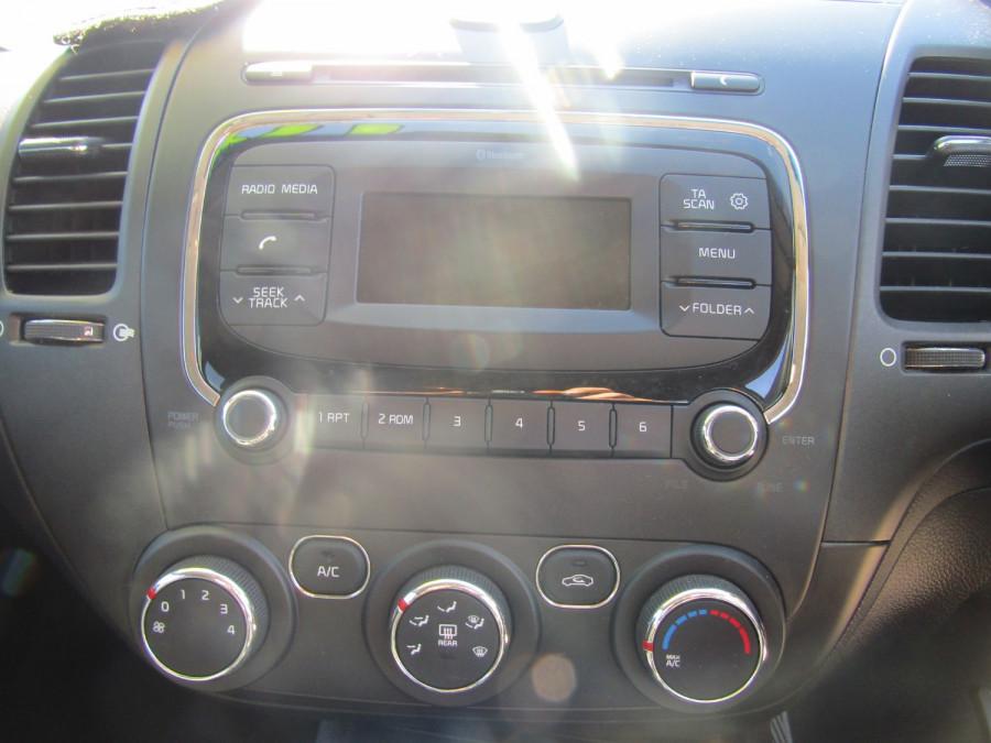 2017 Kia Cerato YD MY17 S Hatchback Image 16