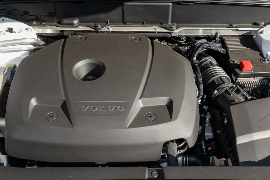 2017 MY18 Volvo XC90 L Series T6 Momentum Suv Mobile Image 19