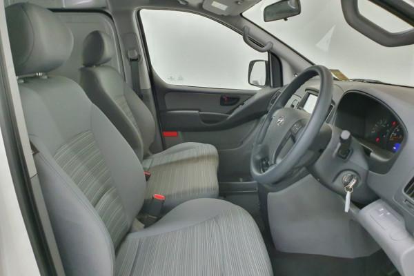 2019 Hyundai iLoad TQ4 Van Van Image 3