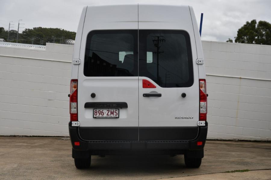 2019 Renault Master Van X62 Medium Wheelbase Van
