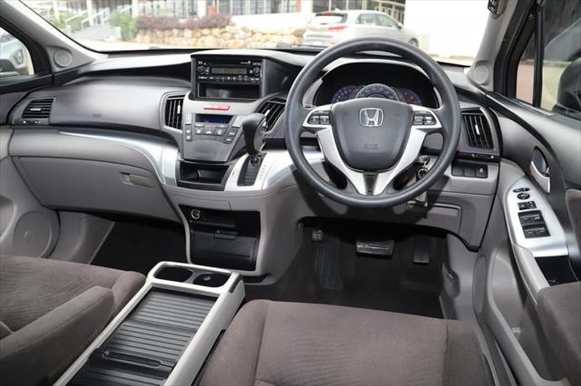 2011 Honda Odyssey 4th Gen MY10 Wagon Image 11