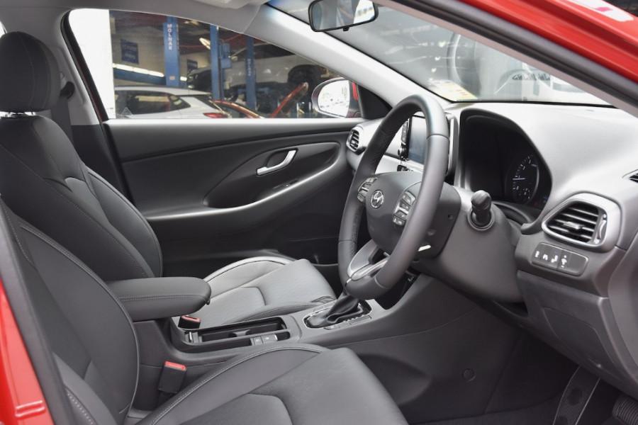 2019 Hyundai i30 PD2 Elite Hatchback Image 10