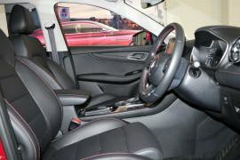 2020 MG HS SAS23 Vibe Wagon image 8