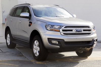 Ford Everest Ambiente RWD UA
