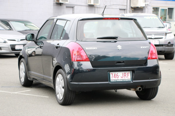 2006 Suzuki Swift RS415 RS415 Hatchback Image 3