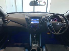 2016 Hyundai Veloster FS5 Series II Street Hatchback