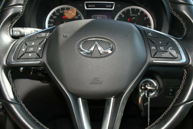 2016 Infiniti QX30 H15 GT D-CT AWD Suv Image 18
