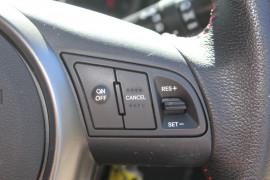 2010 MY11 Kia Cerato TD SLi Sedan