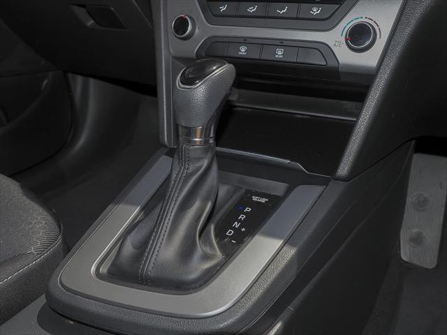 2016 Hyundai Elantra AD MY17 Active Sedan Image 15