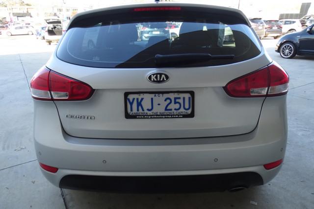 2014 Kia Cerato Hatch S 11 of 25