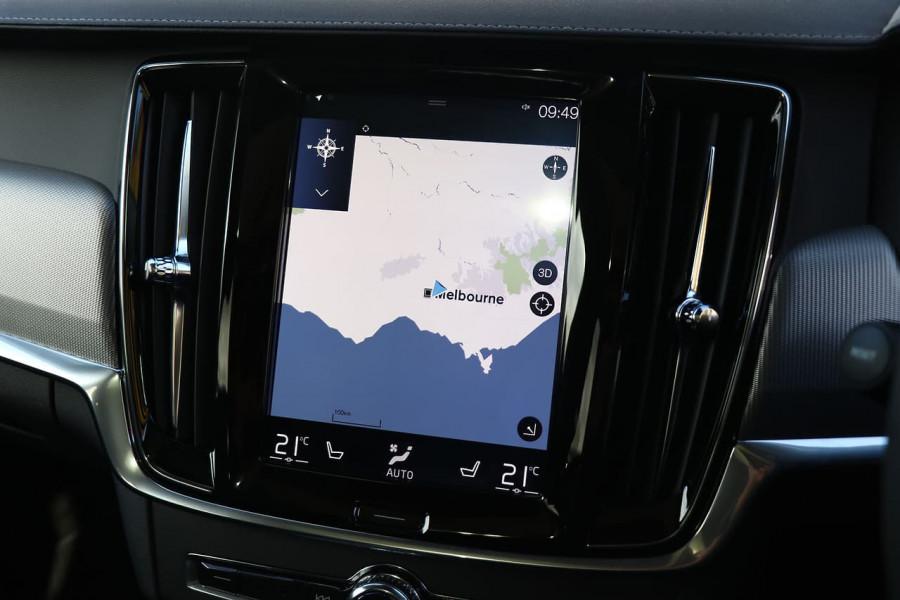 2019 Volvo V90 Cross Country D5 Wagon Mobile Image 12