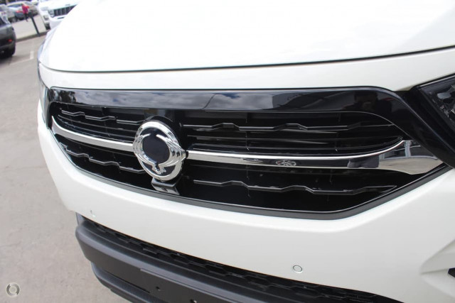 2020 SsangYong Musso Ultimate 12 of 25