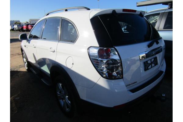2011 Holden Captiva CG SERIES II 7 Suv Image 3