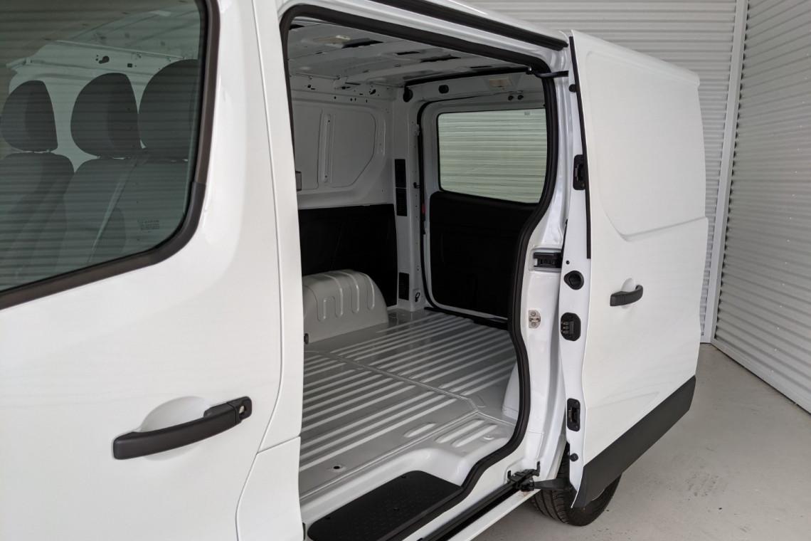 2021 Renault Trafic L1H1 SWB Pro Van Image 4