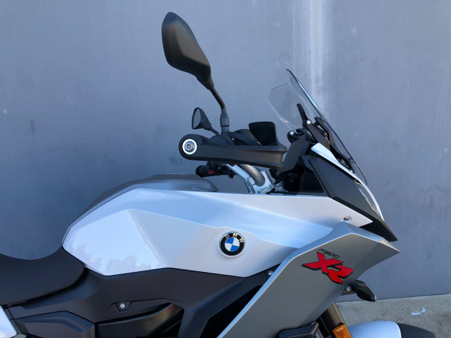 2020 BMW F900 XR Motorcycle Image 13