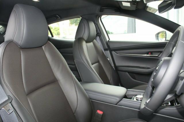 2021 Mazda 3 BP G20 Touring Hatchback Mobile Image 25