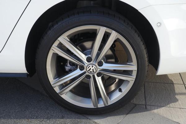 2018 MY19 Volkswagen Golf 7.5 MY19 110TSI Wagon Image 3