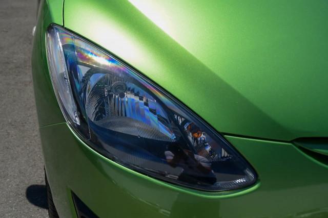 2011 Mazda 2 DE Series 1 MY10 Neo Hatchback Image 9