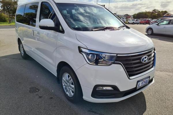 2018 MY19 Hyundai iMax TQ4 Active Wagon Image 3