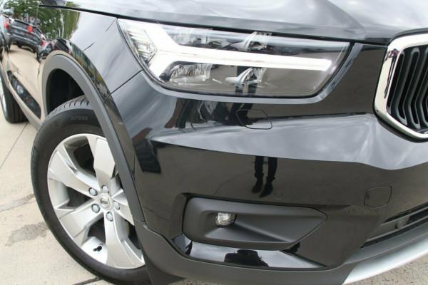 2020 MY21 Volvo XC40 XZ T4 Momentum Suv Image 2
