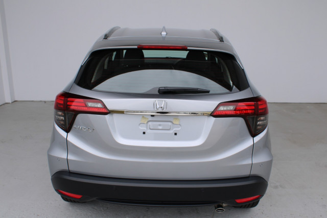 2021 Honda HR-V VTi-S Suv Image 5