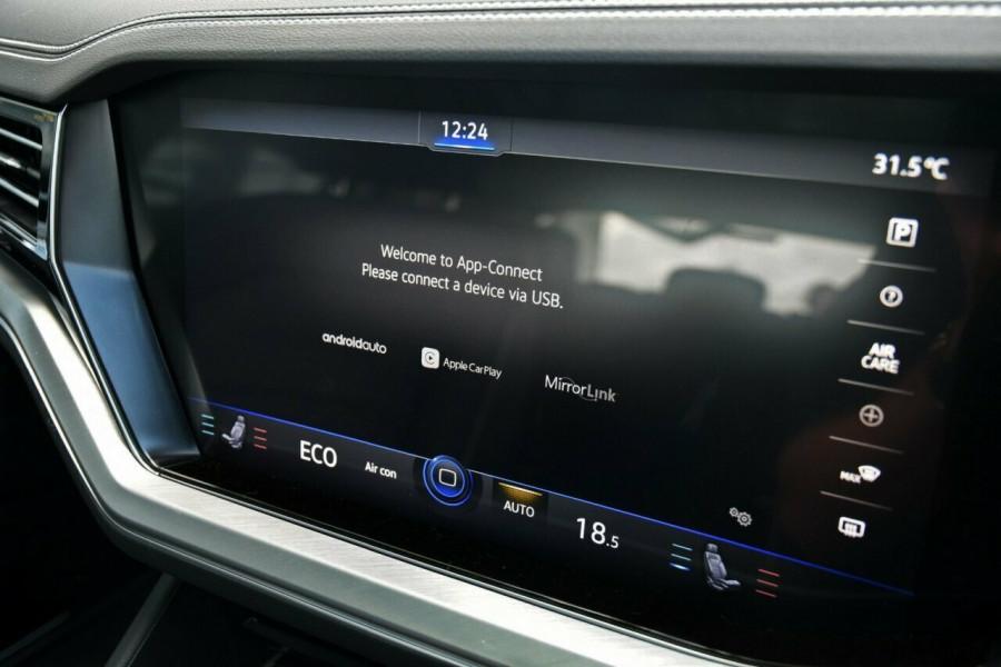 2020 Volkswagen Touareg CR 190TDI Premium Suv Image 13