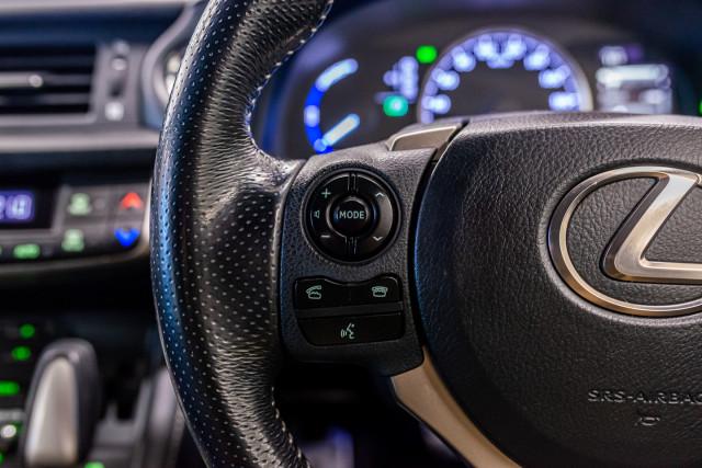 2016 Lexus Ct Hatchback Image 35