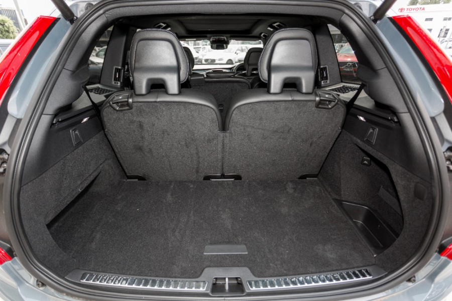 2019 MY20 Volvo XC90 L Series T6 R-Design Suv Image 29