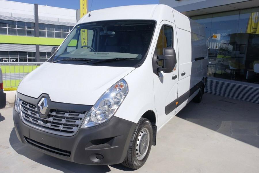 b4508aa3c1e9a1 2018 Renault Master Van X62 Long Wheelbase Van ...